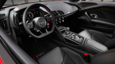 Audi R8 Performance RWD - dash