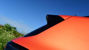 Volkswagen T-Cross Black Edition - spoiler