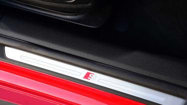 Twin test - Audi A5 - sill badge