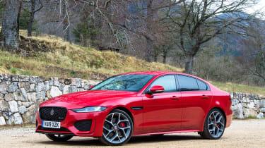 Jaguar XE - front static