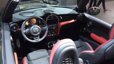MINI John Cooper Works Convertible - New York interior