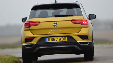 Volkswagen T-Roc - rear cornering