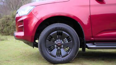 Isuzu D-Max - wheel