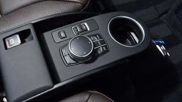 BMW i3s - centre console
