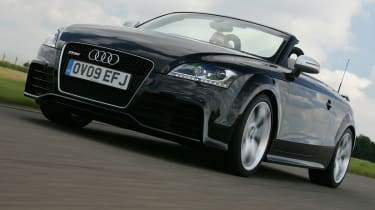 Audi TT RS Roadster front tracking