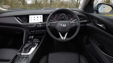 Vauxhall Insignia Sports Tourer - dash