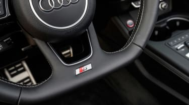 Audi S5 Cabriolet - steering wheel detail