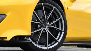 Ferrari 488 Pista - wheel