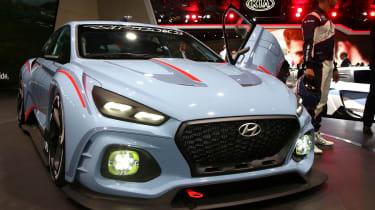 Hyundai RN30 front