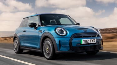 MINI Electric - tracking front