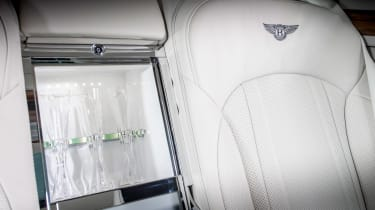 Bentley Mulsanne 2016 - rear fridge