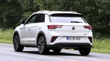 Volkswagen T-Roc - spyshot 14