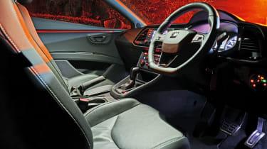 SEAT Leon Cupra - interior