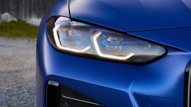 BMW i4 - front lights