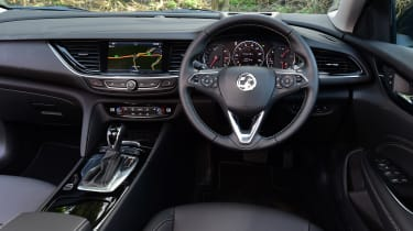 Vauxhall Insignia Grand Sport auto - dash
