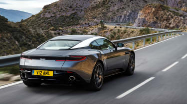 Aston Martin DB11 - rear panning