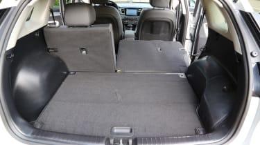 Kia Niro 2016 review - boot space one seat down