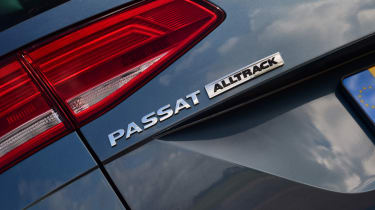 Volkswagen Passat Alltrack - boot badge