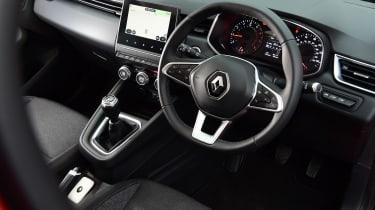Renault Clio - cabin