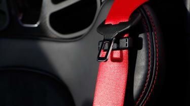 Porsche 718 Boxster T - seat belt