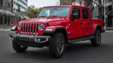 Jeep Gladiator - front static