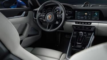 Porsche 911 - cabin