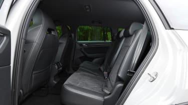 skoda kodiaq rear seats middle row legroom