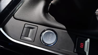 Peugeot 5008 - start/stop button