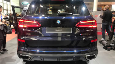 BMW X5 - Paris full rear