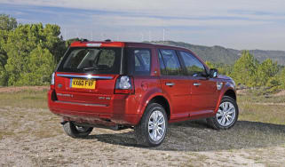 Land Rover Freelander 2WD static