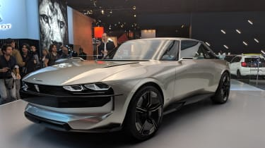 Peugeot e-Legend revealed in Paris