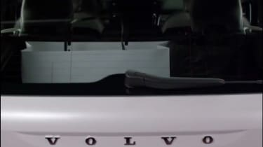 Volvo XC40 leaked - rear Volvo badge