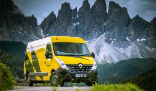 Renault Master Team behind the scenes episode 3