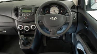 Used Hyundai i10 - dash