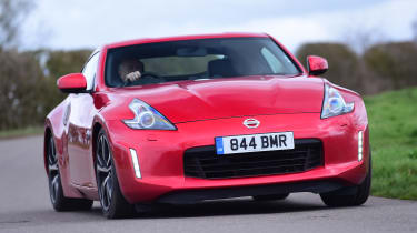 Nissan 370Z - front action