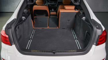 BMW 340i GT - boot seat down