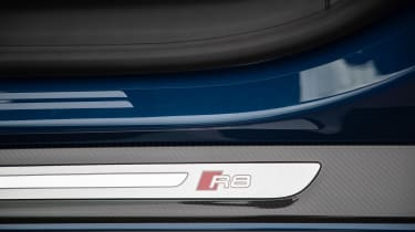 Audi R8 - sill