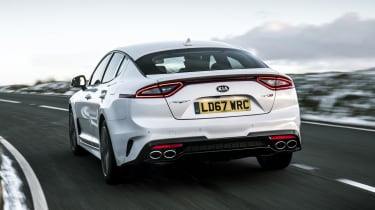 Kia Stinger 2.0 GT-Line - rear