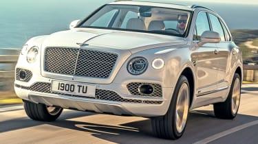 Bentley Bentayga PHEV front quarter