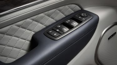 Jeep Grand Cherokee Summit - window controls