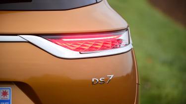 DS 7 Crossback - rear light