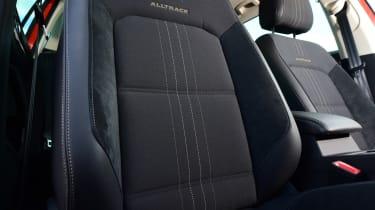 Volkswagen Passat Alltrack - seats