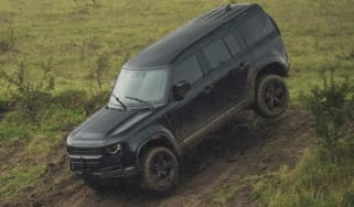 Land Rover - James Bond No Time To Die
