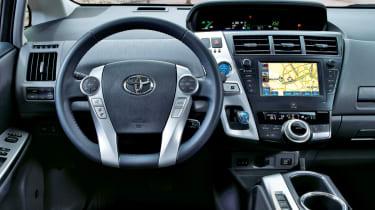 Toyota Prius+ dash