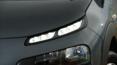 Citroen C4 Cactus - headlight