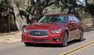 Infiniti Q50 S Hybrid Front action