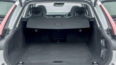 Volvo V90 Cross Country - boot