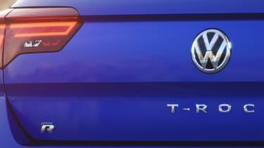 Volkswagen T-Roc R - rear badge