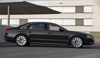 Audi A8 Hybrid profile