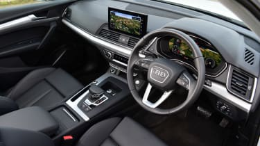 Audi Q5 40 TDI - cabin